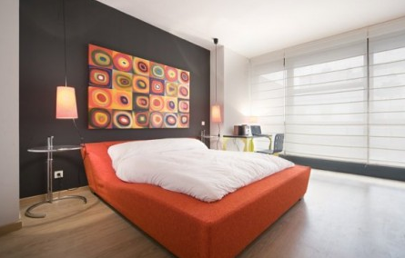 decorating your home with abstract paintings what others find